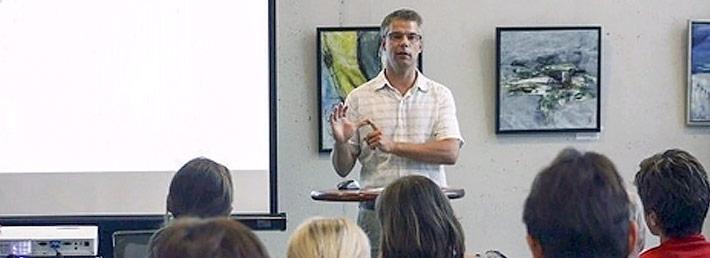 Jan Erik Elgaard på HR-seminar med Favrskov Erhvervsråd. Foto: Kian Johansen